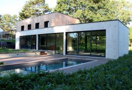 Villa contemporaine dans un écrin de verdure à Saint-Aubin-sur-Mer (76)